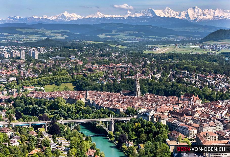 Bern, Aare, Altstadt, Alpen, Bern, Luftaufnahme
