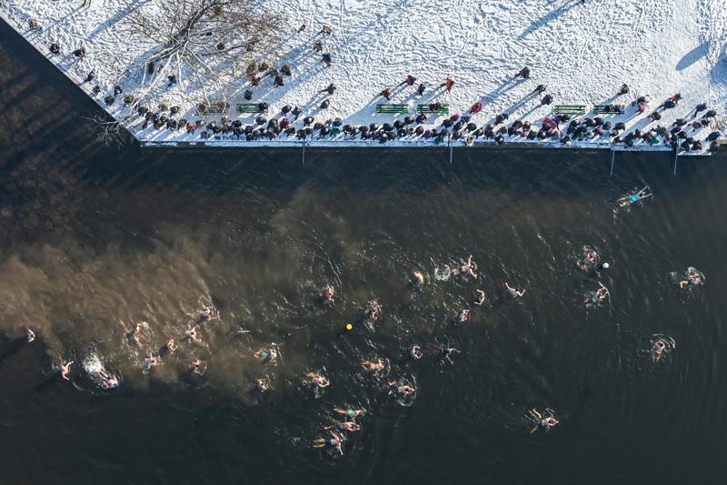 Moossee, Silvesterschwimmen, Luftaufnahme